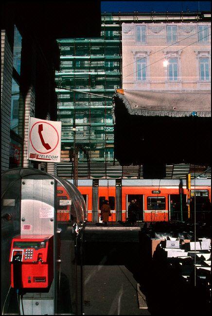 Harry Gruyaert, Roma, piazzale Flaminio, 2000