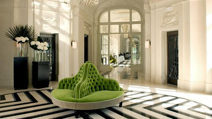 Round tufted green velvet couch - for the entertainer