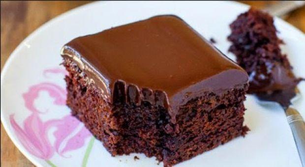 ΦΟΒΕΡΟ: Νηστίσιμο κέικ σοκολάτας | ingossip.gr