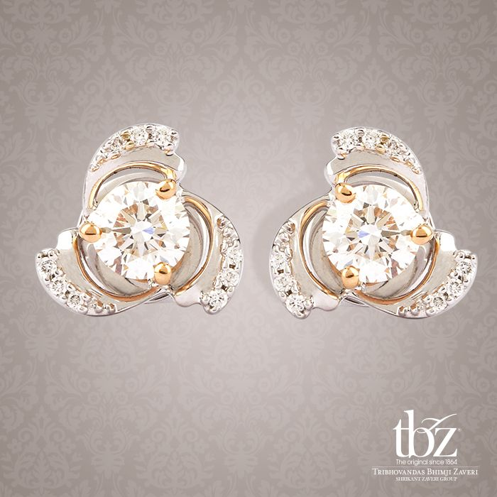 A little sunshine with these scintillating and elaborate solitaire studs.