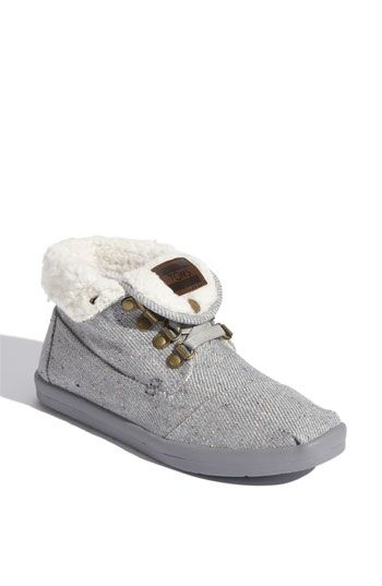 TOMS 'Botas - Highlands' Fleece Chukka Boot | Nordstrom These look so comfy! They can be laced up also