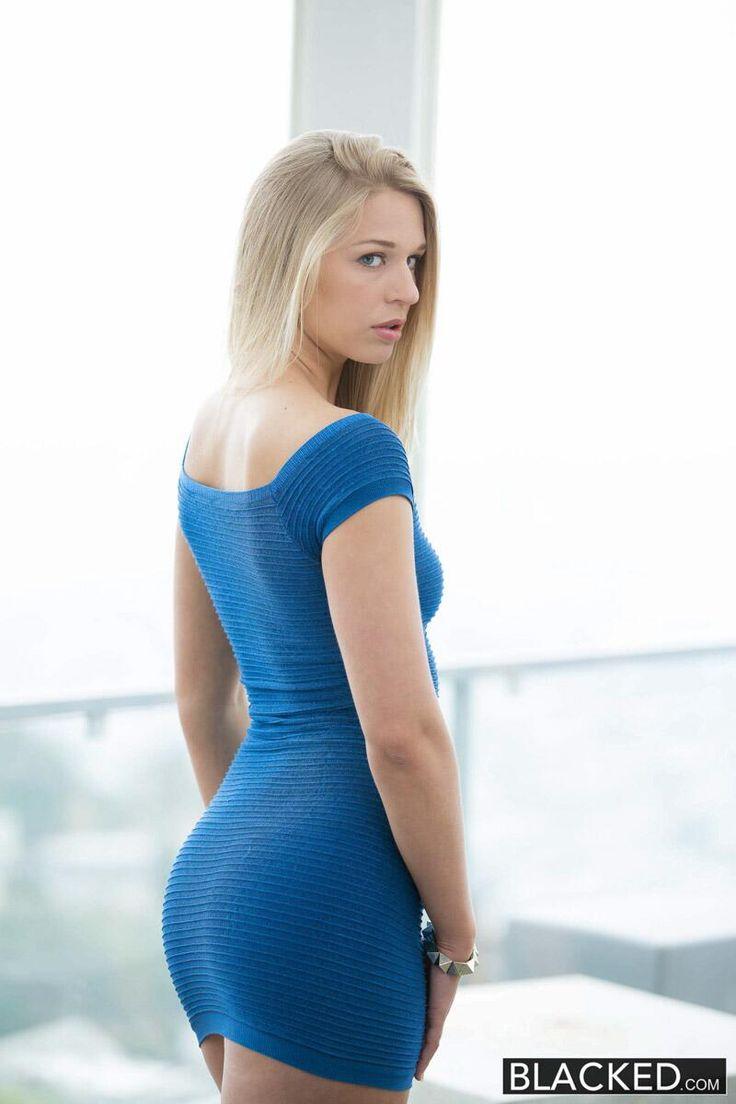 Girls do porn blonde anal