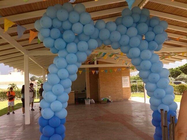 Arco de globos para entrada orejas mickey beb mis - Decoraciones para bebes ...