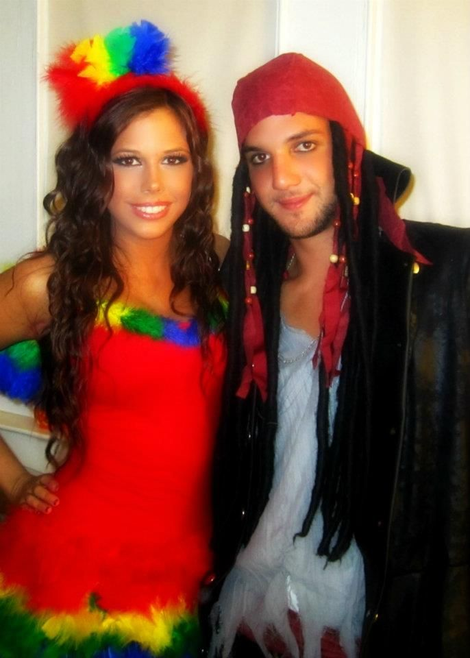 Pirate and parrot couples halloween costume  sc 1 st  Pinterest & 37 best Halloween!! images on Pinterest | Couple costumes Halloween ...