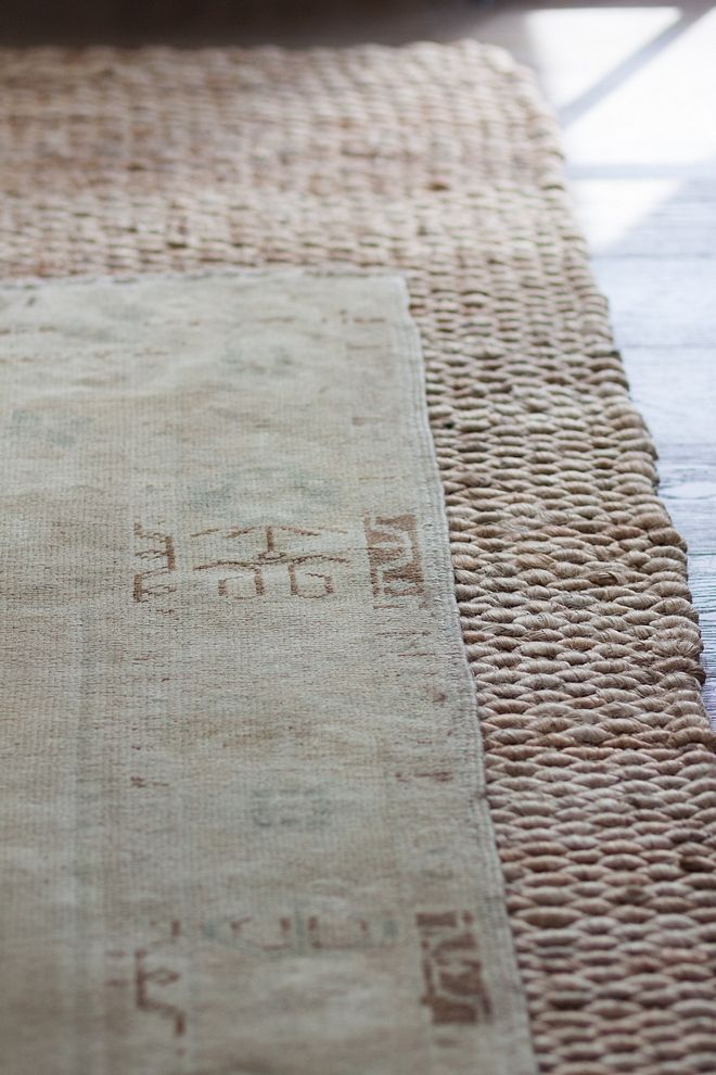 Layred Rug Trend Jute Rug With Antique Rug On Top Layered Rug Trend Oushak Rug Modern Farmhouse Interiors Farmhouse Interior Layered Rugs Living Room
