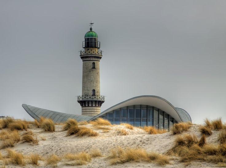 Faro de Warnemünde (Alemania)