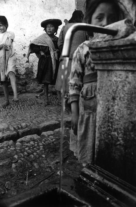 Sergio Larrain 1960. The Inca Empire. Pisac. Indians arriving from their village for Sunday morning mass and market.