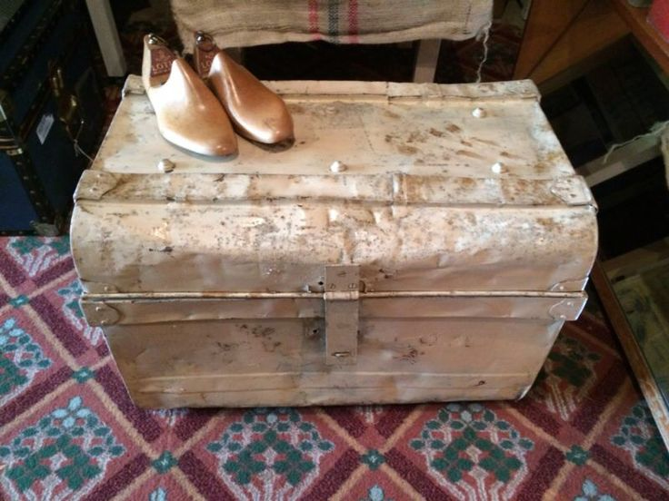A vintage Victorian industrial railway tin trunk.  £40 plus postage. Blanket box / coffee table / storage