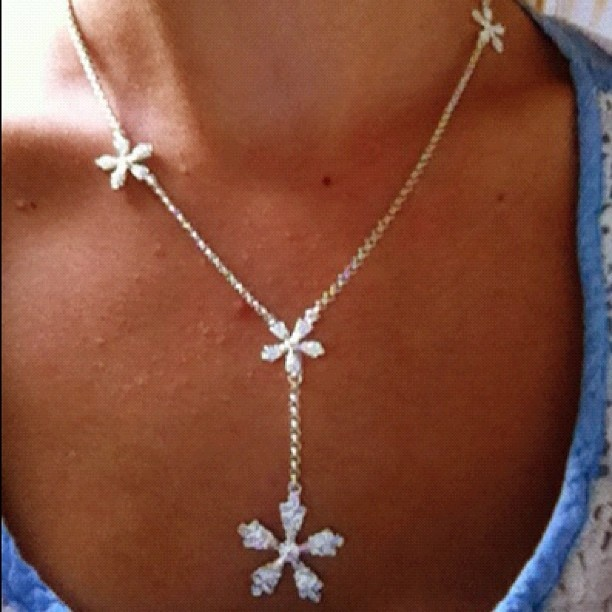Snow Crystal necklace in silver http://www.kalevalakoru.com/jewelry/catalog/Necklaces/6826
