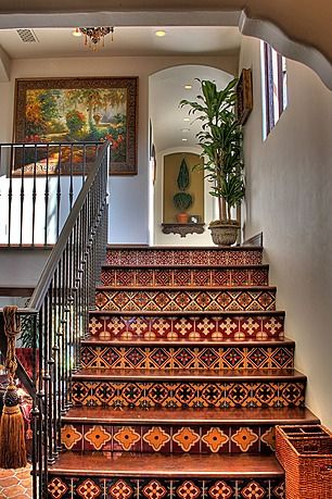 Perfect Spanish Style! I want to do this in my present home, even though it's…