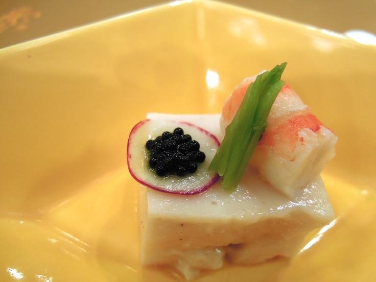 鱈の白子豆腐キャビア添え