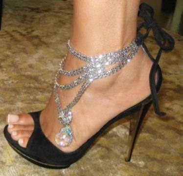 Sparkle: Design Shoes, Diamonds, Dresses Shoes, Design Handbags, Fashion Design, Anklet, Evelyn Lozada, Stilettos, Ankle Bracelets