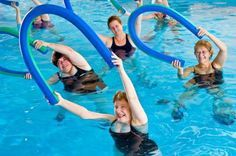 Pool Noodle Exercises - aquatic exercising is so much fun! #ThePromiseAU