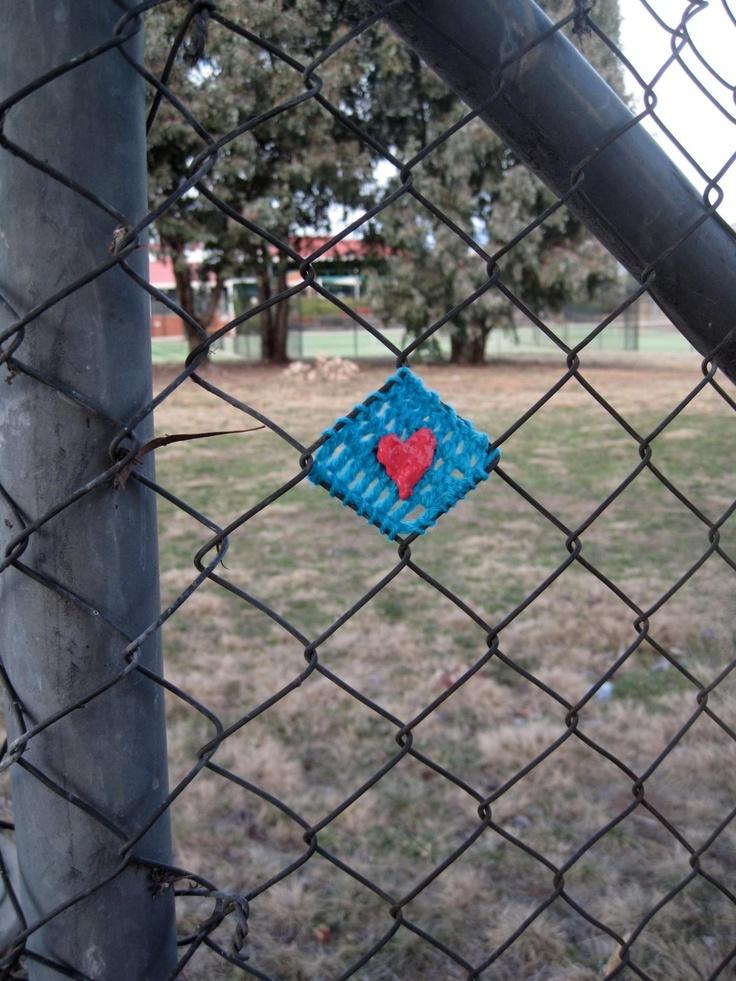 Knitting: Fence bombing