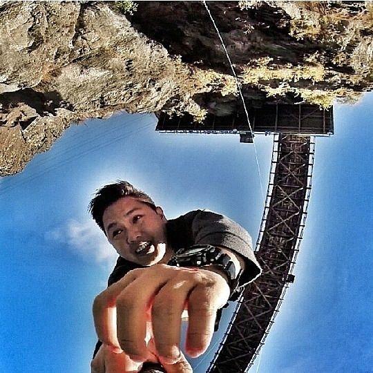 1,2,3.... JUMP! Extreme bungy jumping at Kawaru Bridge! #bungy #jumping #kawaru #bridge #extreme #fun #enjoy #happy #breathtaking #seru #luxurynz #newzealand #nz #Photooftheday #photo #picture #shot #awesome #moment #instalike #instamood #bestoftheday #bestmoment #outdoor #getaway #ilovetravel