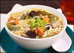 Guilt-Free Soup Recipes: French Onion Soup and Asian Noodle Veggie Soup | Hungry Girl