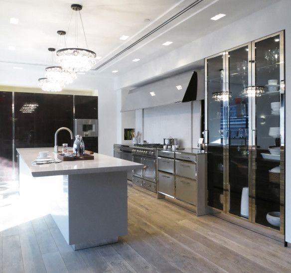 French Oak Kitchen: SieMatic New York Beaux Arts Kitchen. French Oak Floor