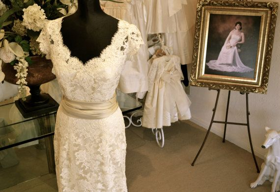 Couture Alencon Lace Wedding Dress ~  www.CouturesbyLaura.etsy.com