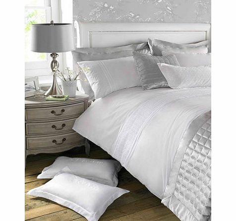 Bhs Holly Willoughby white Imogen bedding, white The appeal of Holly Willoughbys Imogen range is timeless, with classic pin-tucks and constructed panels in crisp white cotton. Sit with the silver satin squares cushion and bedspread, together with dr http://www.comparestoreprices.co.uk//bhs-holly-willoughby-white-imogen-bedding-white.asp