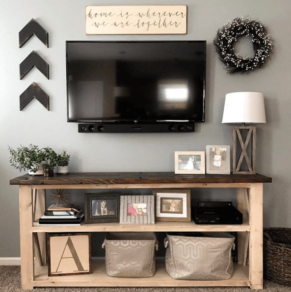 I had been on the hunt for a farmhouse style console table forever! I could never really find what I wanted that was high enough or long enough to fit the space I had in mind. I wanted something th…