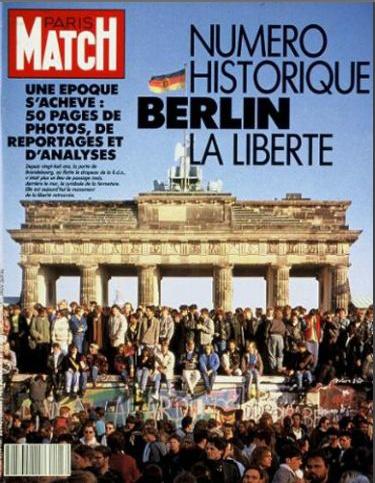 Berlin Wall - Paris Match