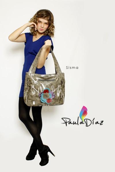 Línea: DISTINGUIDOS Referencia: SISMA Diseño: Paula Díaz En Cuero: $190000 En Sintético: $96000