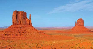 monument valley, Utah: http://ow.ly/cfFso