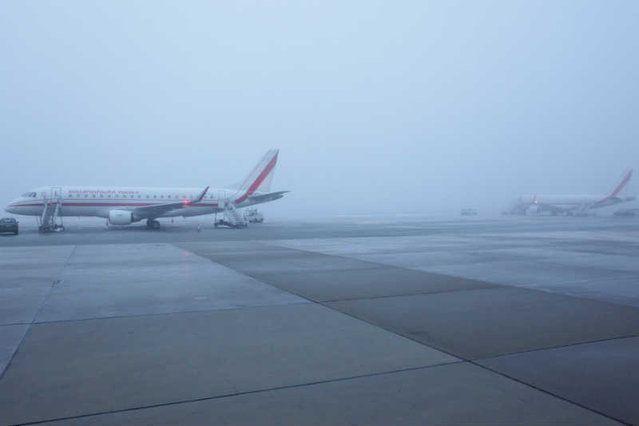 – Dziś dawał podrobioną kartę, nie? – zapytał w trakcie lotu do Smoleńska nawigator TU-154M, gdy załoga po raz pierwszy usłyszała oficjalnie o trudnych warunkach pogodowych na lotnisku docelowym. To wiedza z nowych stenogramów, które ujawniono w zeszłym tygodniu. Ujawniamy, co miał na myśli Artur Ziętek i kto oraz dlaczego mógł sfałszować wręczaną załodze prognozę pogody na lot z 10 kwietnia 2010 roku.