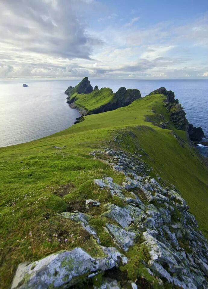 The Dragons Tail. St.Kilda looking towards the island of Dun with a view of Levenish . Scotland