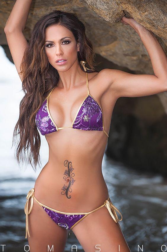 Gini In A String Bikini