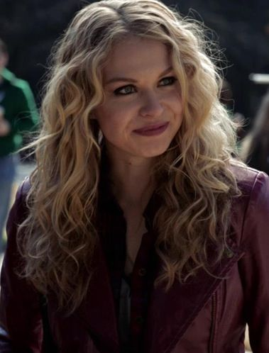 "Women Of ""The Vampire Diaries"" : Olivia Parker played by Penelope Mitchell."