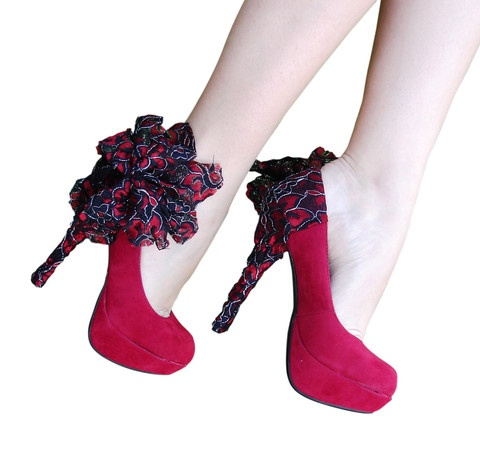 : Black Lace, Heels Condom, Red Lace, Lace Heels, Google Search, Black Heels, Pumps Shoes, Accessories, Products
