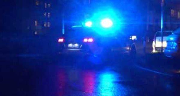 Cammina lungo la strada: travolto e ucciso da un'auto a 36 anni - http://www.sostenitori.info/travolto-ucciso-unauto-36-anni/226570