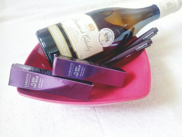 Jurain's Peachy Scarf: [BB Cosmetic] Labiotte Flash Tint Balm| Review