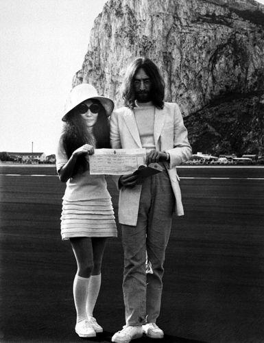 Vintage Wedding - Gibraltar March 24, 1969 John Lennon and his wife Yoko Ono from http://d.repubblica.it/argomenti/2011/05/18/foto/matrimoni_storici_dei_vip-328597/21/