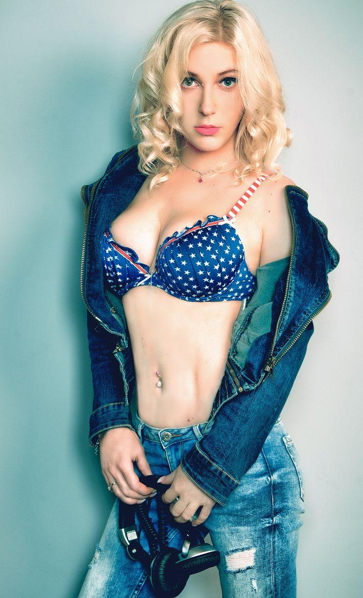 Photosession with DJ Mirjami  #mirjami #djmirjami #djanemirjami #sexy #girl #dj #djing #femaledj #djette #photosession #sexydj #dj girl #music