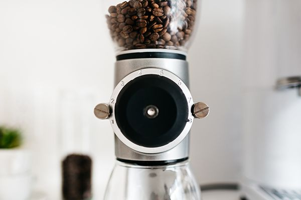 The key to a great espresso is having the right equipment. With her KitchenAid® Pro Line® Series Espresso Maker and Burr Grinder, @fixfeastflair is able to make barista-quality espresso at home.