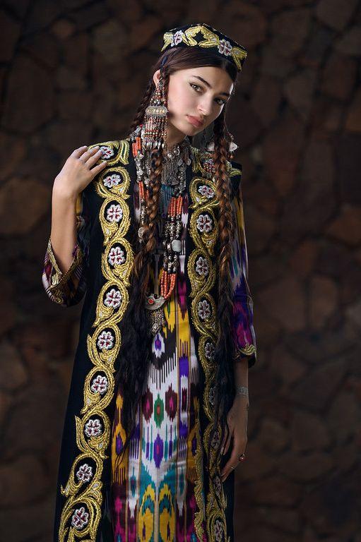 снимок при картинки таджикских платьев изменяет