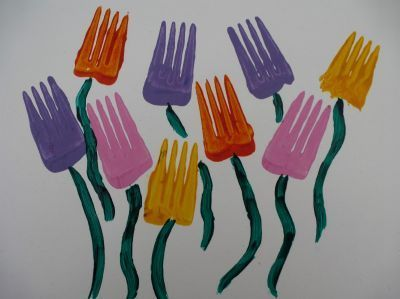 Spring is in the Air. Give these crafts a try whil...