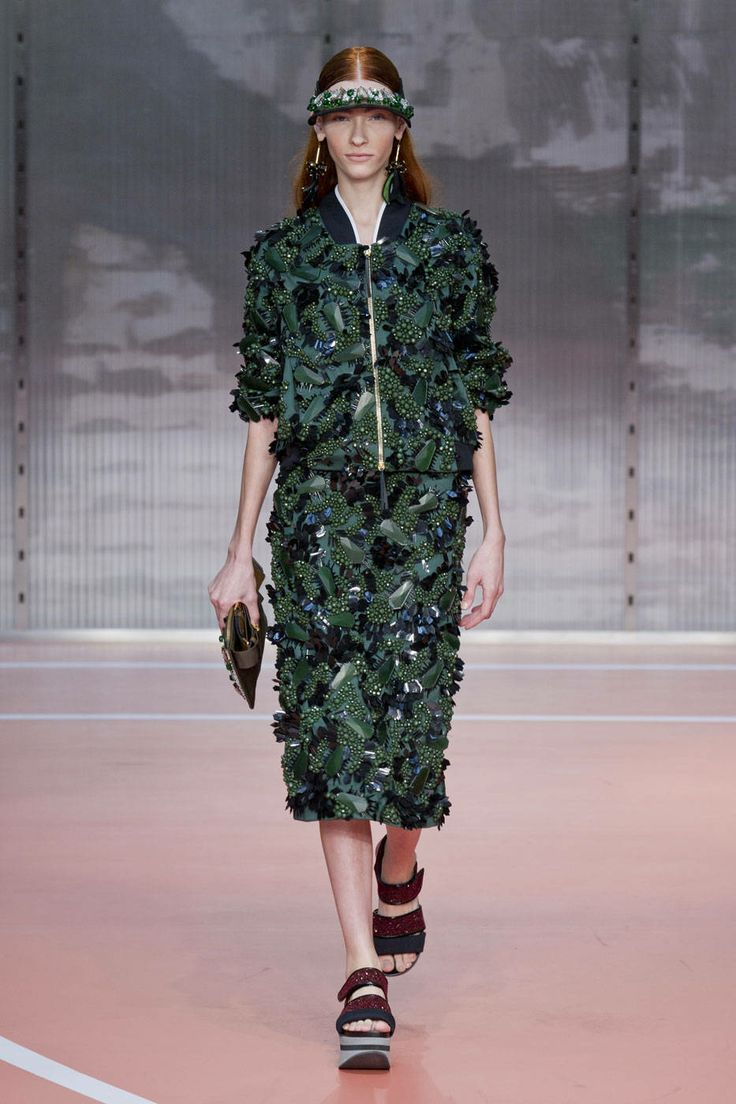 Spring 2014 Runway Report: See It in 3D
