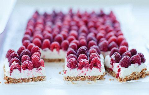 Raspberry-Mascarpone-Dessert-1-960x510