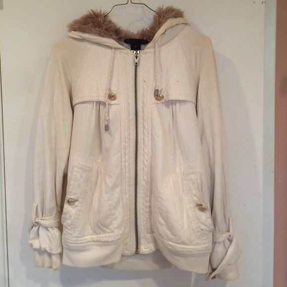 MARC BY MARC JACOBS Cream zip up size M Soft and cozy Marc by Marc Jacobs zip up hoodie with gold hardware...freshly dry cleaned! Marc by Marc Jacobs Jackets & Coats