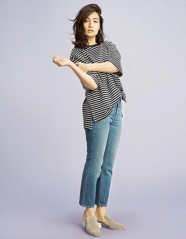 佐田真由美さんが着こなすミセスコーデ。上品なタイプのミセス系コーデ。スタイル・ファッションの参考に♪