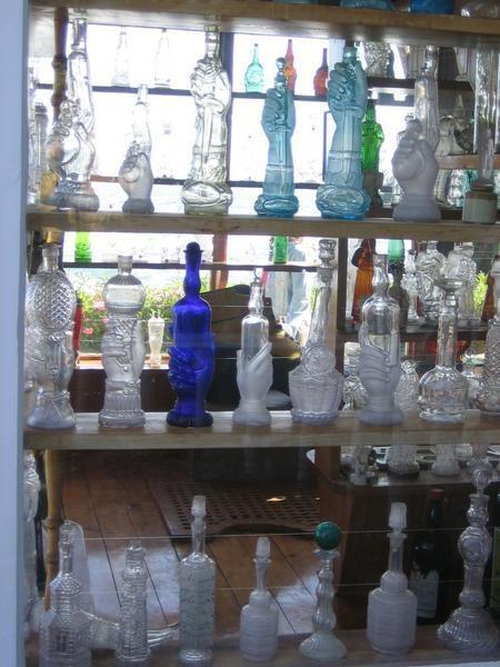 Isla Negra, House of Poet Pablo Neruda===botellas!!
