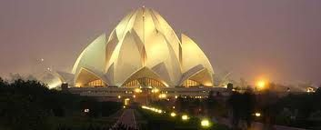 """Delhi, the capital city of India, stands upright as a follower of Delhi Sultanate, the heritage of Mughal Empire and a marvel gifted from the British. Often described as """"Heart of India"""", Delhi comes across as a city of richness, diversity and power."""