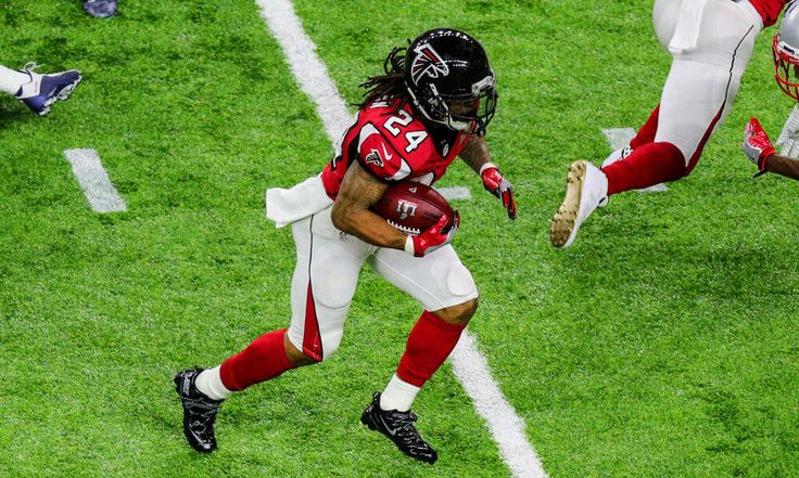 Arthur Blank expects Freeman deal to be completed soon = After a relatively quiet rookie season in 2014, Atlanta Falcons running back Devonta Freeman has surpassed the 1,000-yard mark on the ground in each of the last two seasons. Having also proven to be.....