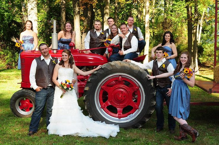 Farm Wedding: Tractor Wedding Party