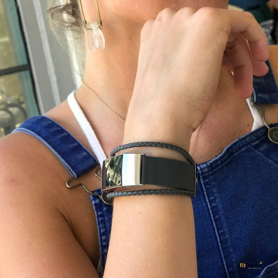 Fitbit Charge 3 Band Aurel - made from leather and stainless