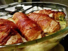 Parmalindad kycklingfilé fylld med västerbottenost, crème fraiche, persilja och salvia