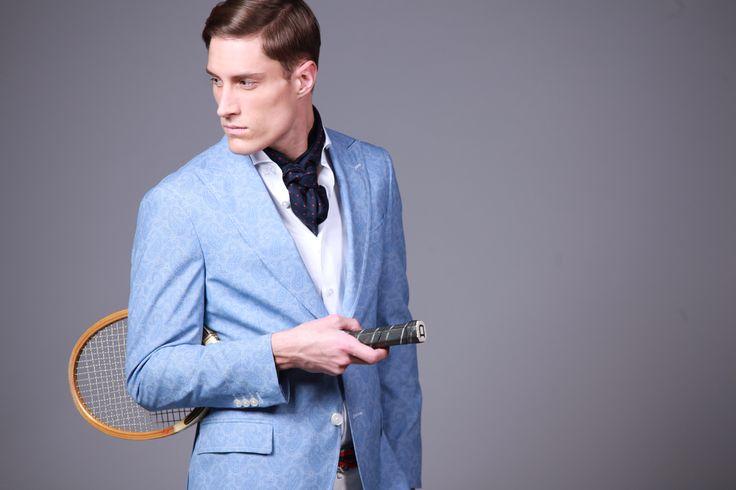 Modèle ''Rome'' dans un tissu Paisley bleu azur et blanc